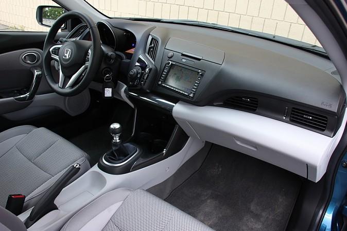 2011 Honda CR-Z - снимаем розовые очки