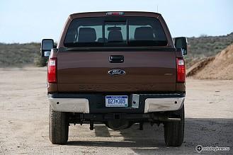 Ford F-Series Super Duty - большой автомобиль для настоящих мужчин