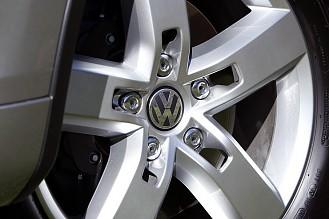 2011 Volkswagen Touareg Hybrid - Porsche Cayenne Hybrid для народа